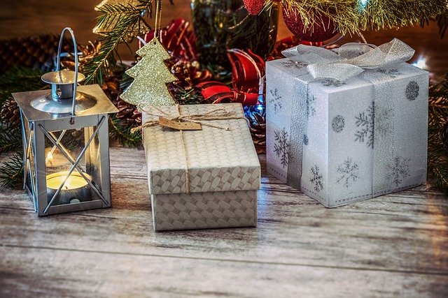 small gifts for family members