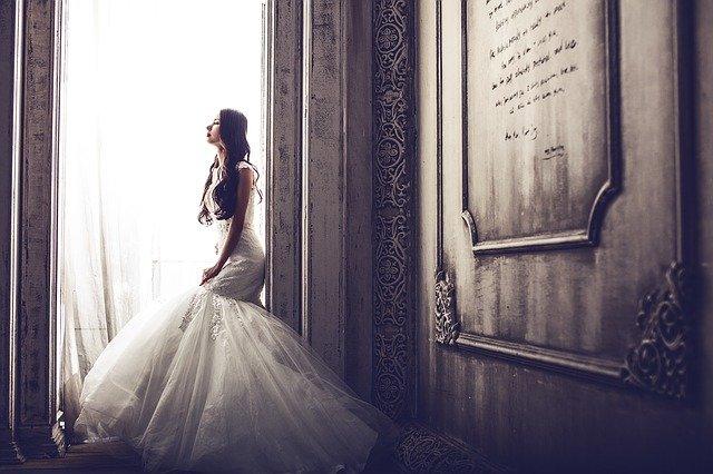 wedding dresses pakistani online
